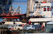 Arriben al port d'Algesires 308 immigrants de l''Open Arms'