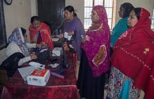 Decenas de muertos durante las elecciones en Bangladesh