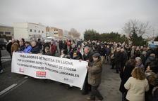 Treballadors i jubilats d'Endesa exigeixen conservar les tarifes bonificades de la llum