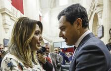 Moreno, investido presidente de la Junta con los votos de PP, Cs y Vox