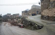 Obras para mejorar la calle del Forn en Torrefeta i Florejacs