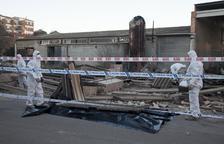 Retiran amianto del muro derrumbado en Agramunt