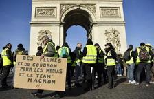 """Tres meses de protestas de los """"chalecos amarillos"""" en Francia"""