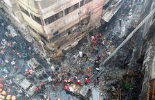 Un incendi deixa 70 morts a Dacca