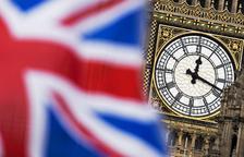 Ministros de May barajan que el Parlamento pida retrasar el Brexit